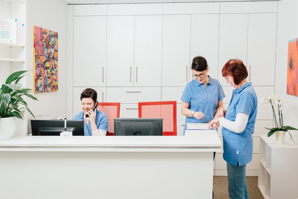 Hausarzt Bonn Gronau - Sippel - Empfang